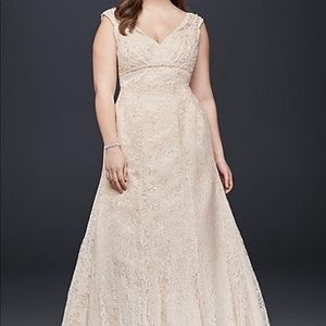 Beaded cap sleeve lace ivory Wedding Gown
